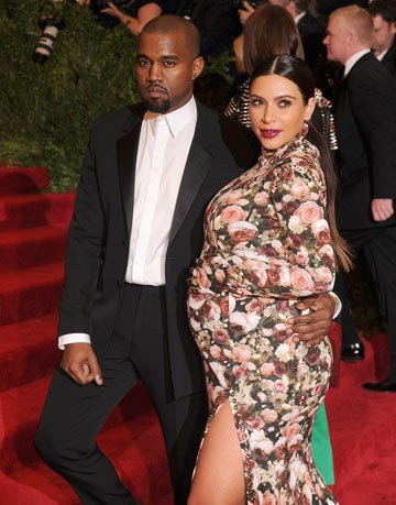kim_kardashian_pregnant_kanye_west_different_lives_18p0e7j-18p0e9q