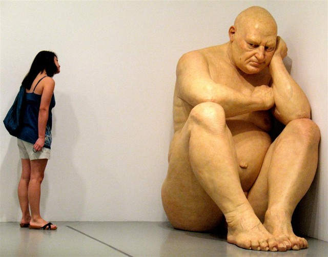 ron-mueck-geant