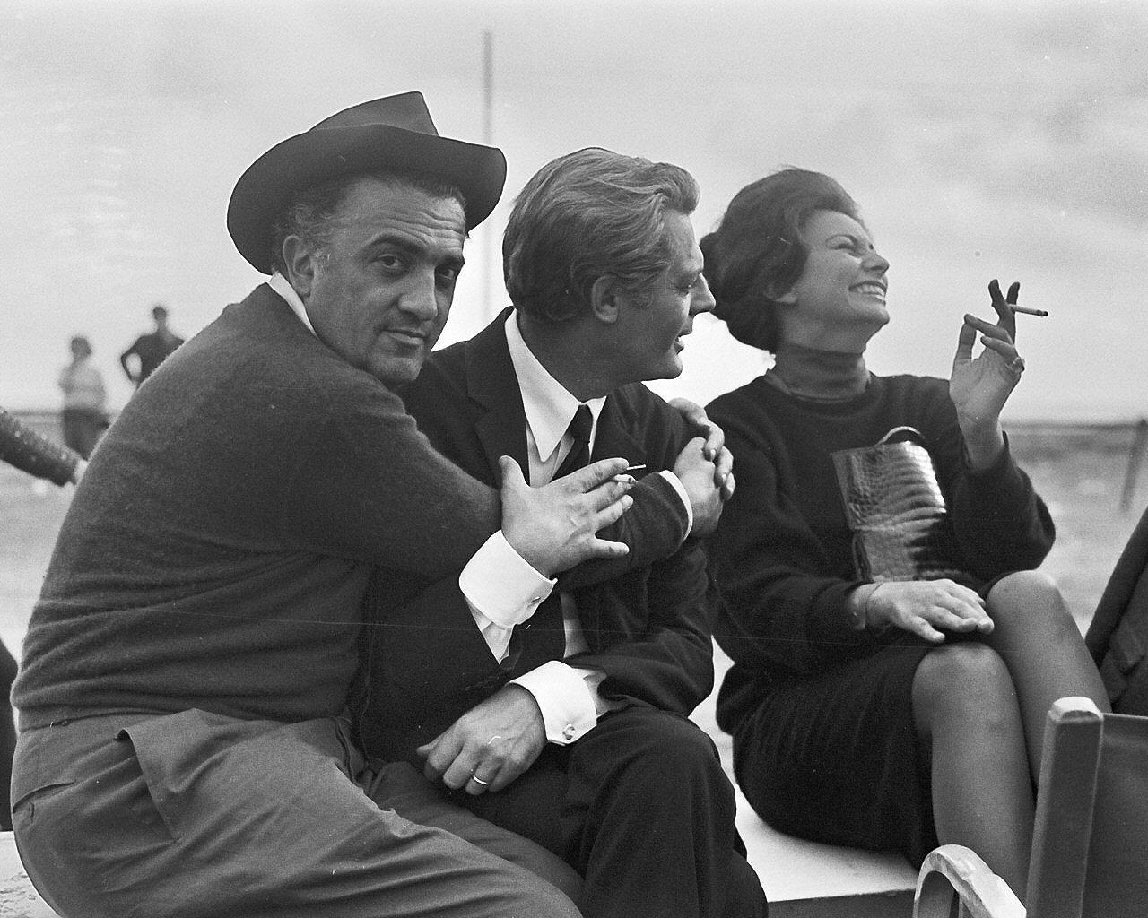 Federico-Fellini-Marcello-Mastroianni-and-Sophia-Loren