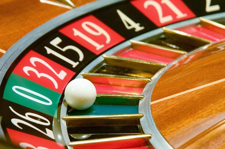 gioca alle roulette live su 888.it