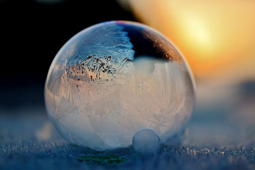 frozen bubbles angela kelly 12