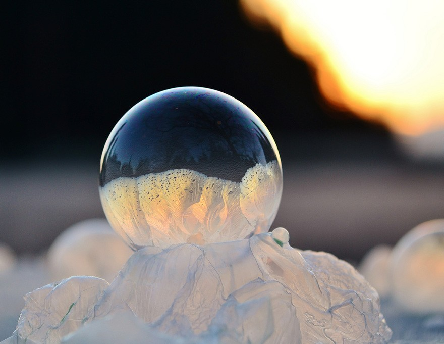 frozen bubbles angela kelly 3