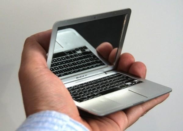 miroir de poche geek macbook 600x429