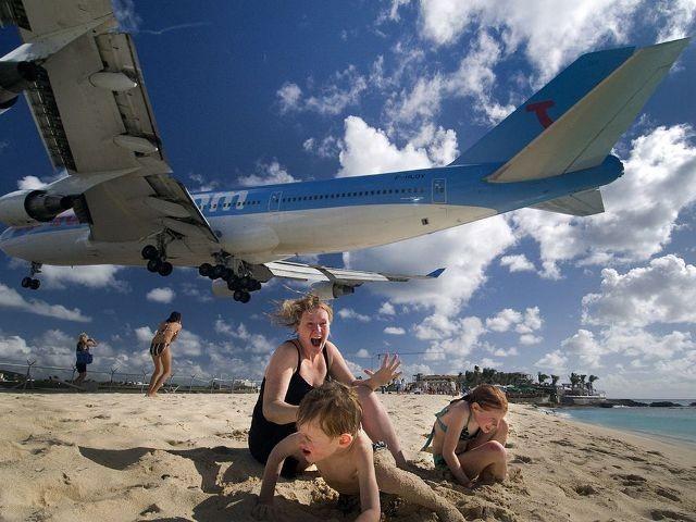 st maarten jet fly over 23943 990x7421