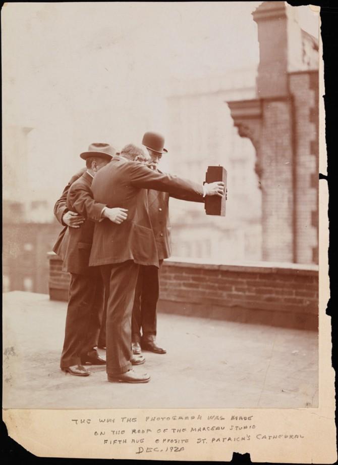 vintage selfie 1920 1