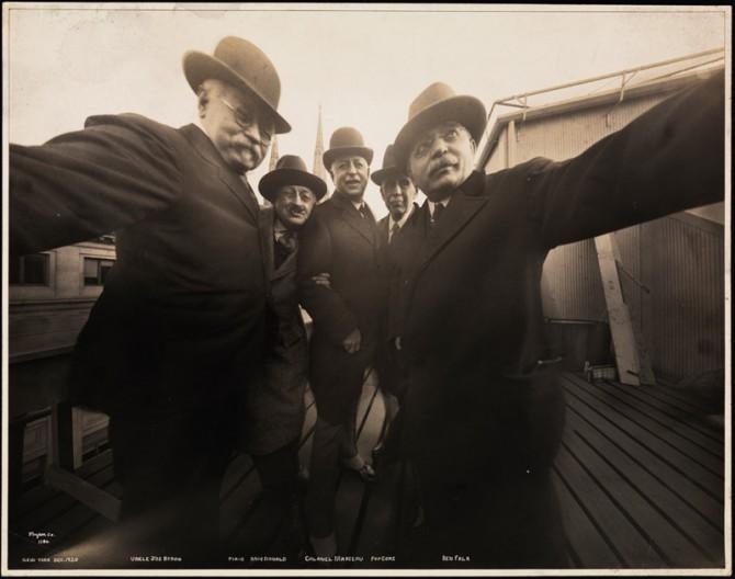 vintage selfie 1920 2