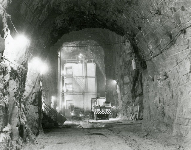 Cheyenne_Mountain_Tunnels