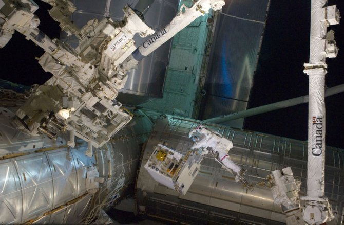 nasa toasts gravity with real life images from space 5