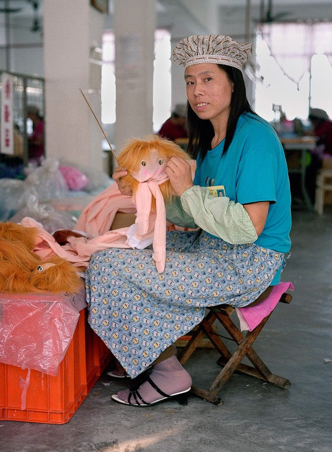 13-toy-factory-portraits