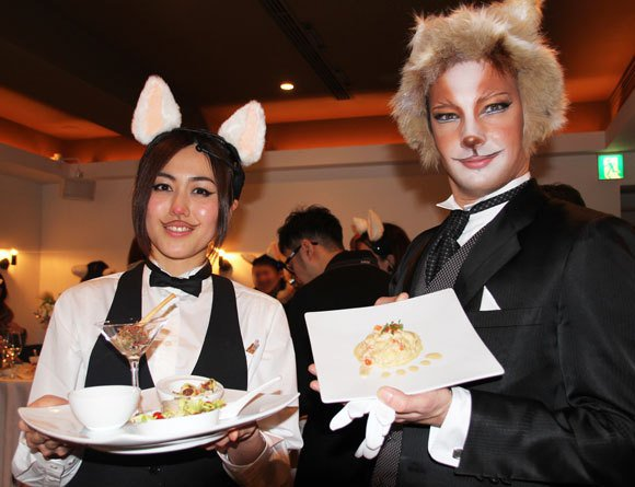 japans-cat-food-restaurant-is-back15