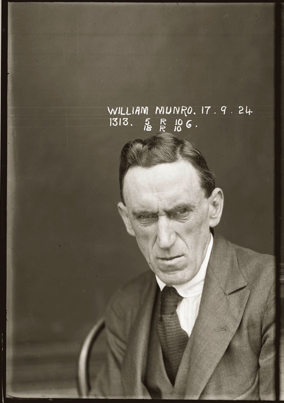 vintage-candid-mugshots-of-dapper-criminals-1920s-31