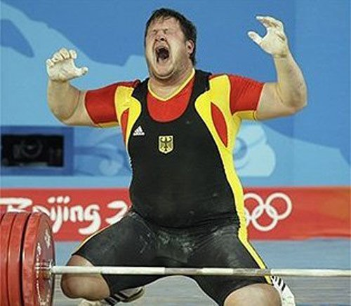 weight lifter the agony