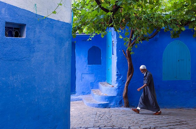 blue streets of chefchaouen morocco 2