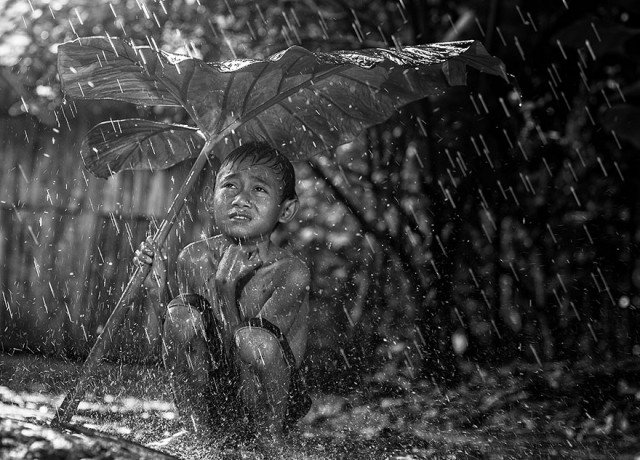 Life In Indonesian Villages Captured by Herman Damar 20 640x460