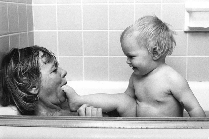 mothers childhood photography family ken heyman 1