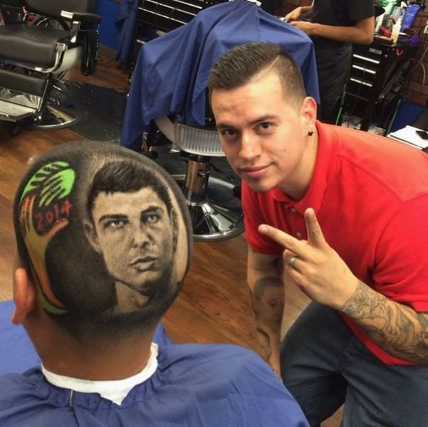 the artsy barber who gives the coolest haircuts 640 10