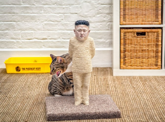 cat-scratchers-putin-kim-jong-2