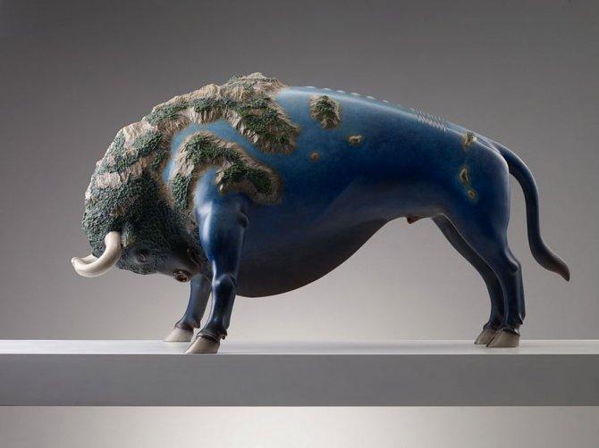 sculture surreali animali mondo spalle schiena 4