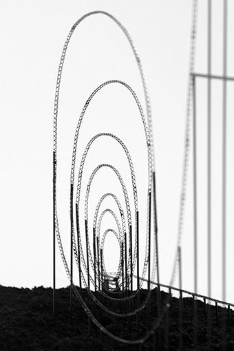 Euthanasia_Coaster_detail2_[340x510]
