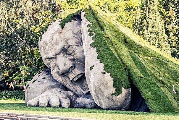 feltepve sculpture art market budapest ervin loranth herve 1