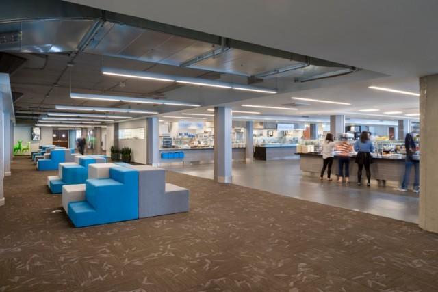 Inside-Twitter-Office-14-640x427