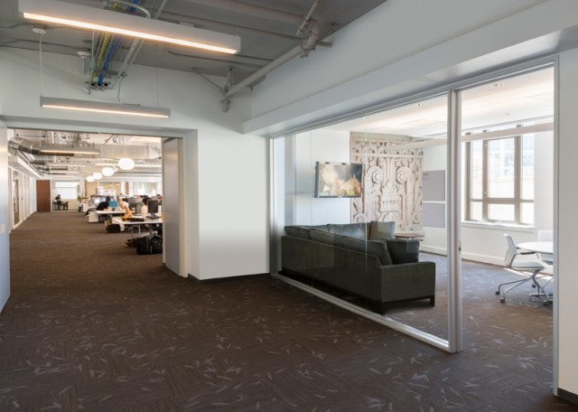 Inside-Twitter-Office-8-640x456