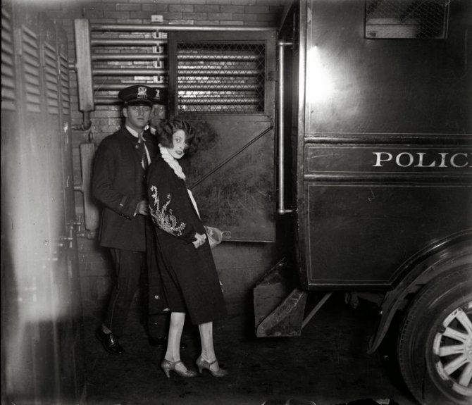 Female Criminals from the Early 1900s (1)