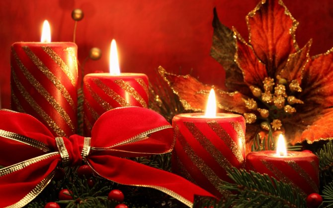 Red-Christmas-Candle-Beautiful