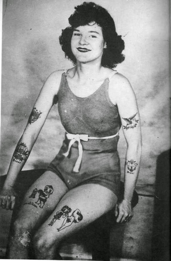 Vintage Women with Full Body Tattoos (10)