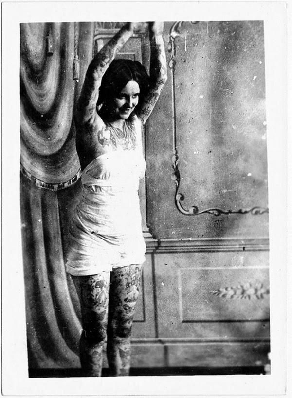 Vintage Women with Full Body Tattoos (12)