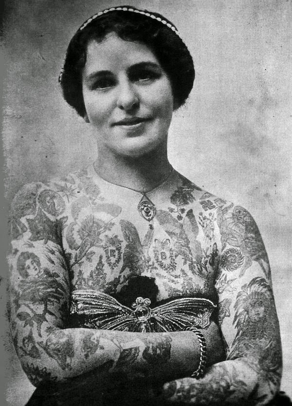 Vintage Women with Full Body Tattoos (17)