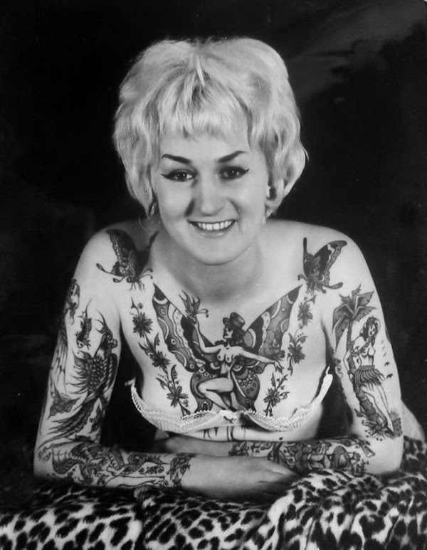 Vintage Women with Full Body Tattoos (20)
