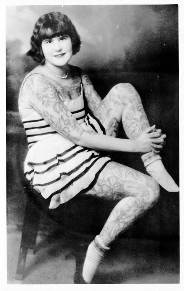 Vintage Women with Full Body Tattoos (3)