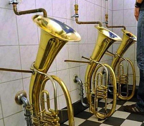 4 tuba toilet