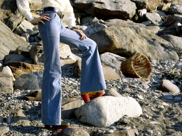 Bell_bottoms