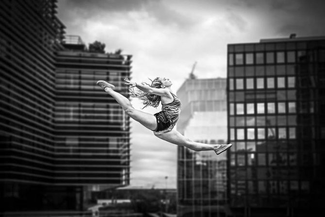 Dimitry Roulland Dancing Moments 1