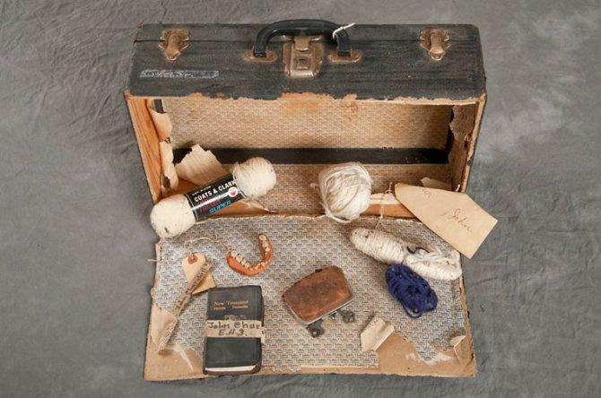 Jon Crispin Willard Suitcases 10
