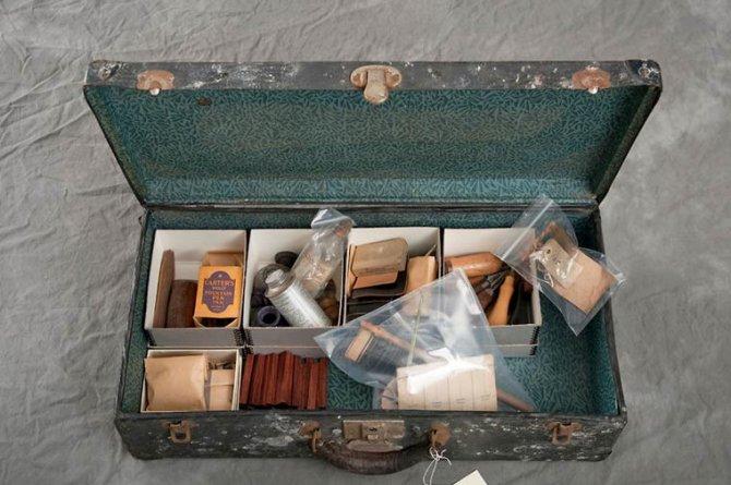 Jon Crispin Willard Suitcases 5