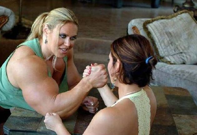 arm-wrestling-girl