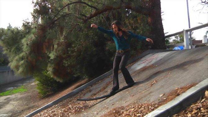 Richie Jackson no skateboard 1