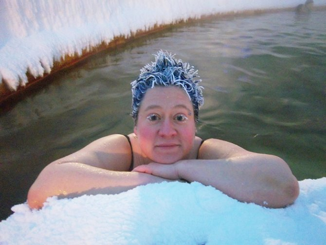 icy hair freezing contest takhini hot springs 8