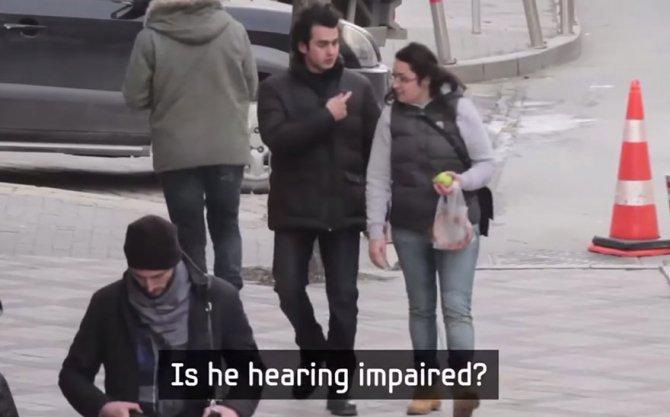 lingua segni quartiere sordo 9