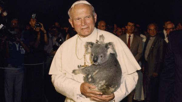 POPE JOHN PAUL II HOLDS KOALA DURING 1986 VISIT TO AUSTRALIA