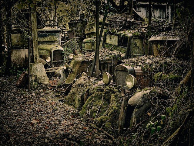 Car Graveyards Photography 4
