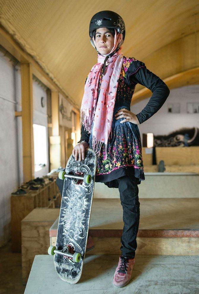 Skate Girls of Kabul Jessica Fulford Dobson 1