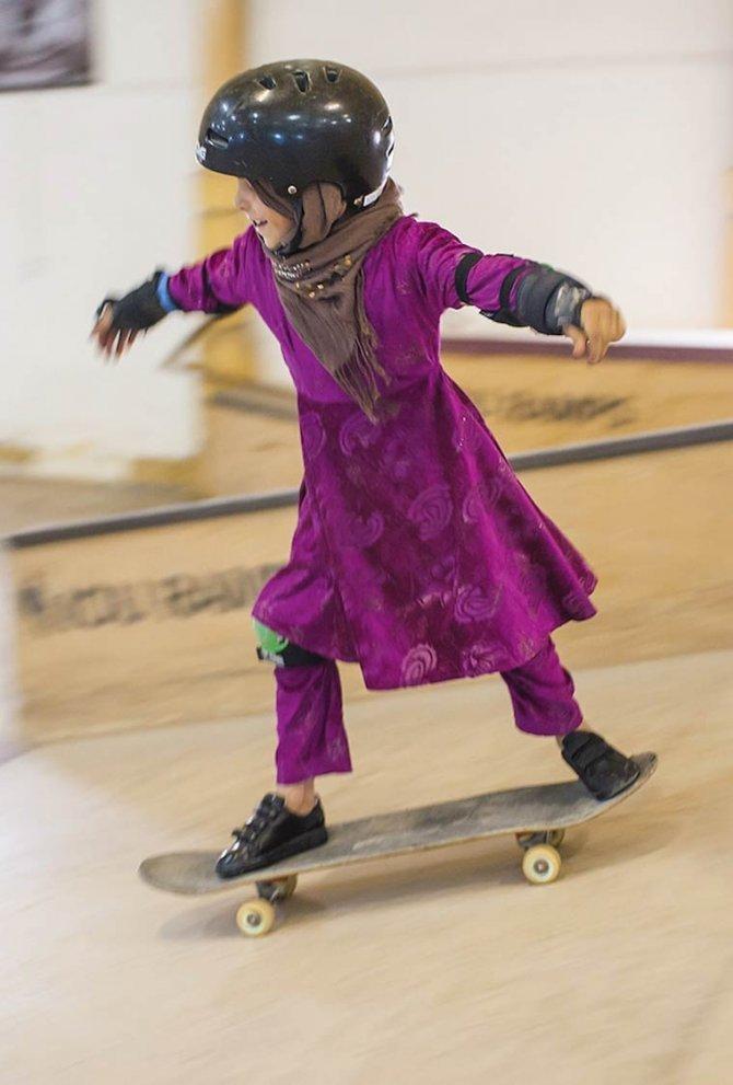 Skate Girls of Kabul Jessica Fulford Dobson 9