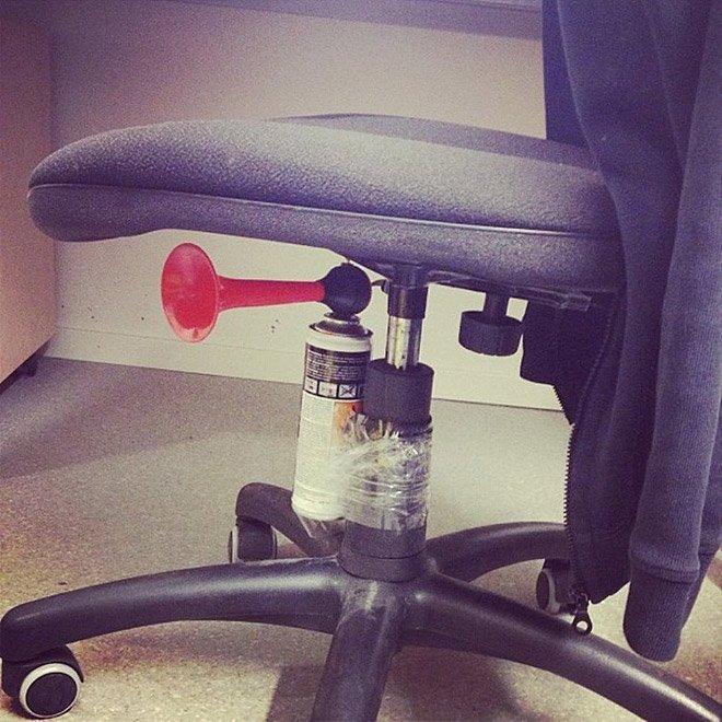 april fools chair horn