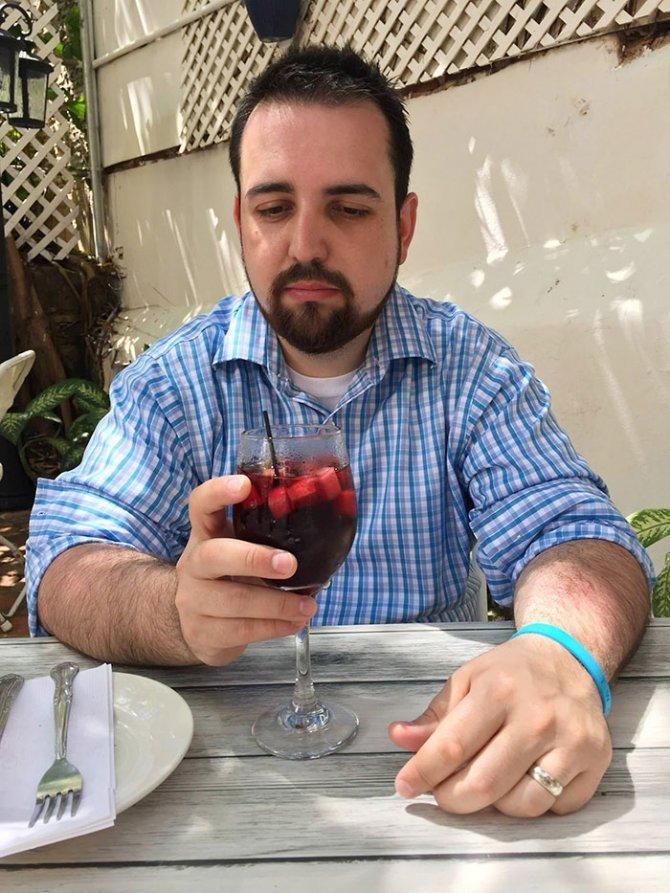 sad vacation guy has fun wife baby puerto rico 9