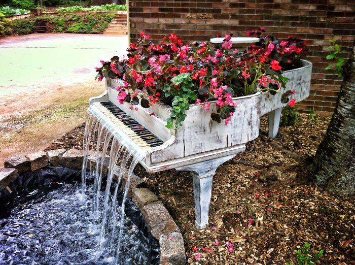 Préférence Come riutilizzare i tuoi vecchi mobili e decorare un giardino da  LX84