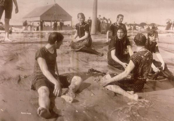 1898 una ragazza in tenuta da bagno col suo istruttore di nuoto staten island usa
